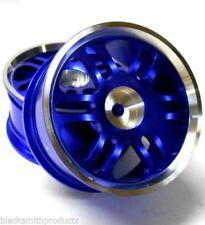 Neumáticos, llantas y bujes de color principal azul para vehículos de radiocontrol