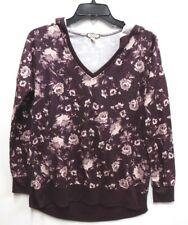 Eyeshadow Jr Womens Size Small Burgundy Floral V-Neck Tunic Top with Hood New