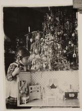 altes Foto Weihnachten Tannenbaum Kind Spielzeug Puppenstube um 1933