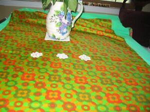 Table Cloth Green Orange 65 x 48 inches with Four Orange Napkins New