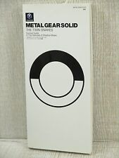METAL GEAR SOLID THE TWIN SNAKES Art Guide Fanbook Game Cube Book Fanbook MC07*