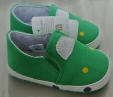 New Mothercare Baby boy canvas slip on pram shoes Green size 2 infant 6-9 months