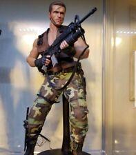 Hot Toys Predator Major Alan Dutch Schaefer