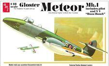 AMT 1/48 Gloster Meteor MK 1 WWII Allied Jet Fighter 825