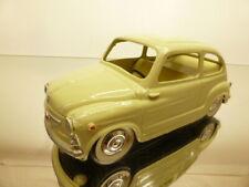PAYA FIAT 600 - CREAM L16.0cm - VERY GOOD CONDITION