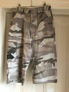 Gap kids XL (age 13) boys 3/4 length trousers/ long shorts grey camouflage