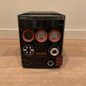 Philips FW-C577 Gameport Mini System 5 CD Radio Hi-Fi Stereo USB Stereo AM radio