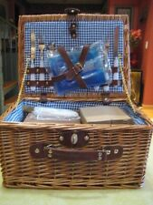 New/Unused PICNIC BASKET (Blue & White Gingham) Place Settings (2) & Accessories