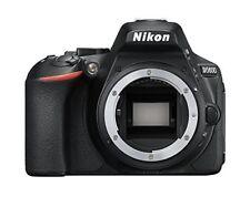Nikon D5600 negro poco usado