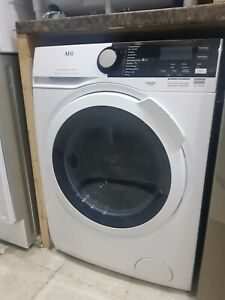 New Unboxed AEG 7000 Series L7WEE861R 8 kg Washer Dryer - White