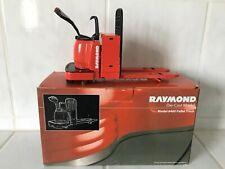 RAYMOND 8400 Pallet truck forklift fork lift 1/12 VERY RARE MiB