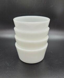 GLASSBAKE Vintage Milk Glass Ramekins Dessert Bakeware Custard Cups Set of 4