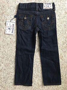 NWT TRUE RELIGION Straight Jeans RINSE Toddler Boys sz 5 TR926JN89