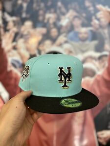 Hat Club Exclusive Mint Condition New Era Yankees Size 7 1/4 New York Fitted Cap