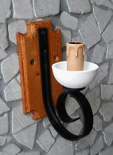 Applique rustico in ferro battuto e legno 1 luce E14