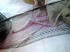 très ancienne dentelle  broderie sur tulle noir rigide  en trois morceaux 11m50
