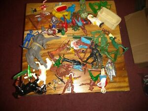 Vintage Toy Soldiers Lot.