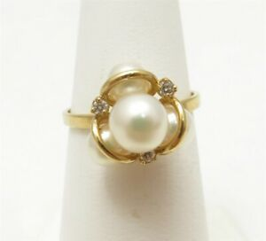 14K Yellow Gold ~5-6MM Pearls & Diamond Accent Cluster Ring Size 5.75