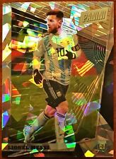 2018 Panini National VIP Gold Lionel Messi Cracked Ice Refractor /50 Barcelona