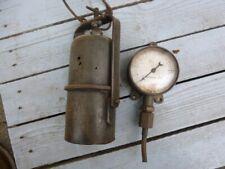 """Un manomètre de loco + une lanterne """" S N C F"""""""