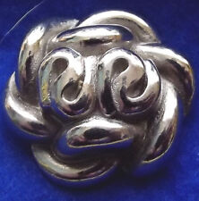 Large Silver Tone Metal Flower Button (148)