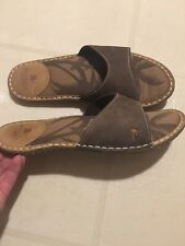 MARGARITAVILLE Leather Sandals Womens Size 9 Brown Slip On