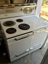 Hotpoint Electric vintage electric stove excellent working condition