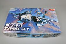 ZF661 Academy Hobby model kits 1/72 maquette avion 1679 F-14A TOMCAT