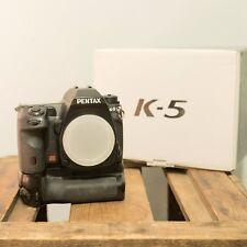 Pentax K K-5 16.3MP Fotocamera Reflex Digitale-Nero (Solo Corpo) con Battery Grip