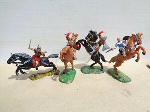 Elastolin, Norman cavalry mounted knights, lot of 4,  40mm drum plastic, JL
