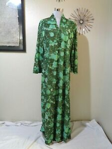 70s HAND MADE GREEN WATERCOLOR FLORAL KNIT BELL SLEEVE MAXI CAFTAN DRESS SZ L