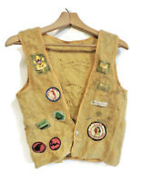 1960s BOY SCOUT VEST WITH 25 PATCHES / PINS DAN BEARD COUNCIL RIFLE RIVER BSA