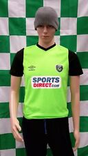 Republic of Ireland Official Umbro Football Shirt (Youths 12-13 Years)