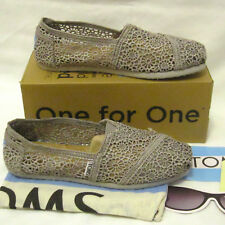 a47bf22476c TOMS Classic Women s Size 6 Silver Morocco Crochet Flats Shoes w Box  Authentic