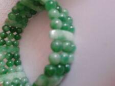 Bracelet en jade, 3 rangs  ID   KDO  pour les Fêtes.