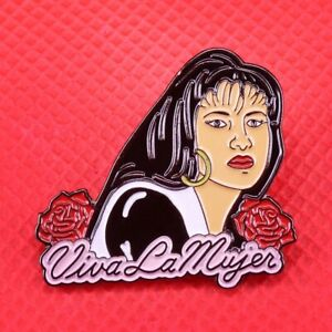 Selena Quintanilla Viva la Mujer pin