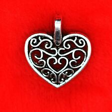 8 x Tibetan Silver Elegant Love Heart Charm Pendant Jewellery Making