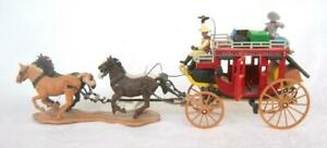 Britains Concord Overland Express Stagecoach Wagon 4 Horses 2 Figures Luggage