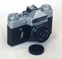 USSR Soviet Russia ZENIT E SLR Vintage 35mm Film Camera INDUSTAR 50-2 Lens AS IS