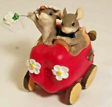 New ListingCharming Tails The Get Away Car Just Married 82/107 Mouse