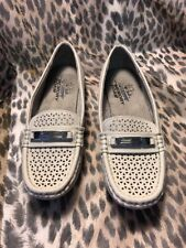 LifeStride Velocity with memory foam Cream loafers size 6.5 M