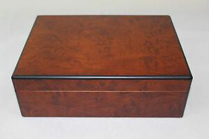 wooden cigar humidor box - Walnut color H215