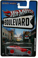 2012 Hot Wheels Boulevard AHEAD OF ITS TIME Golden Submarine