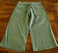 Women's Size 1 New Mossimo Crop Capri Pants Linen Green Juniors Inseam 19