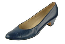 LKNW SALVATORE FERRAGAMO  7 AA blue Classic Pumps Heels Leather ITALY