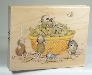 House Mouse Stampabilities Lovely Rubber Stamp Nutty Friends RARE 2009 HMTR1054