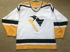 Vintage CCM Pittsburgh Penguins Hockey Jersey Men's M 90's