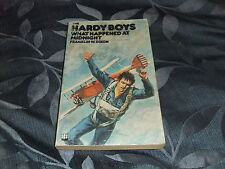THE HARDY BOYS #21 WHAT HAPPENED AT MIDNIGHT ARMADA P/B 1977 FRANKLIN W. DIXON