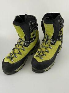 Lowa GTX Expert Mountaineering Boot