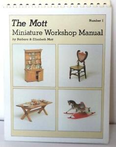 THE MOTT MINIATURE BOOK